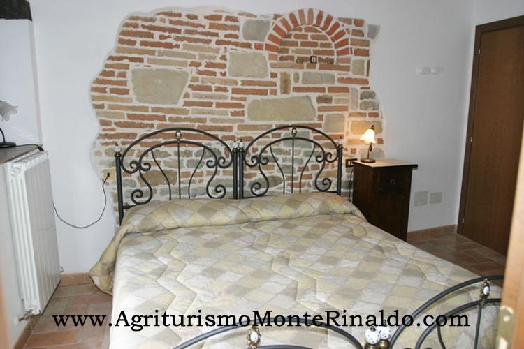 Agriturismo Marche - Camere da Letto Marche, Appartamento ...